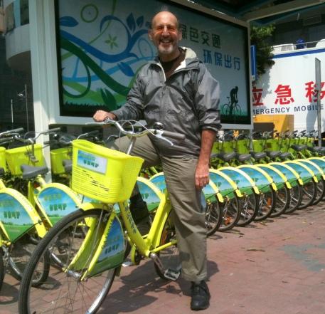 Charlie at Guangzhou bike share station